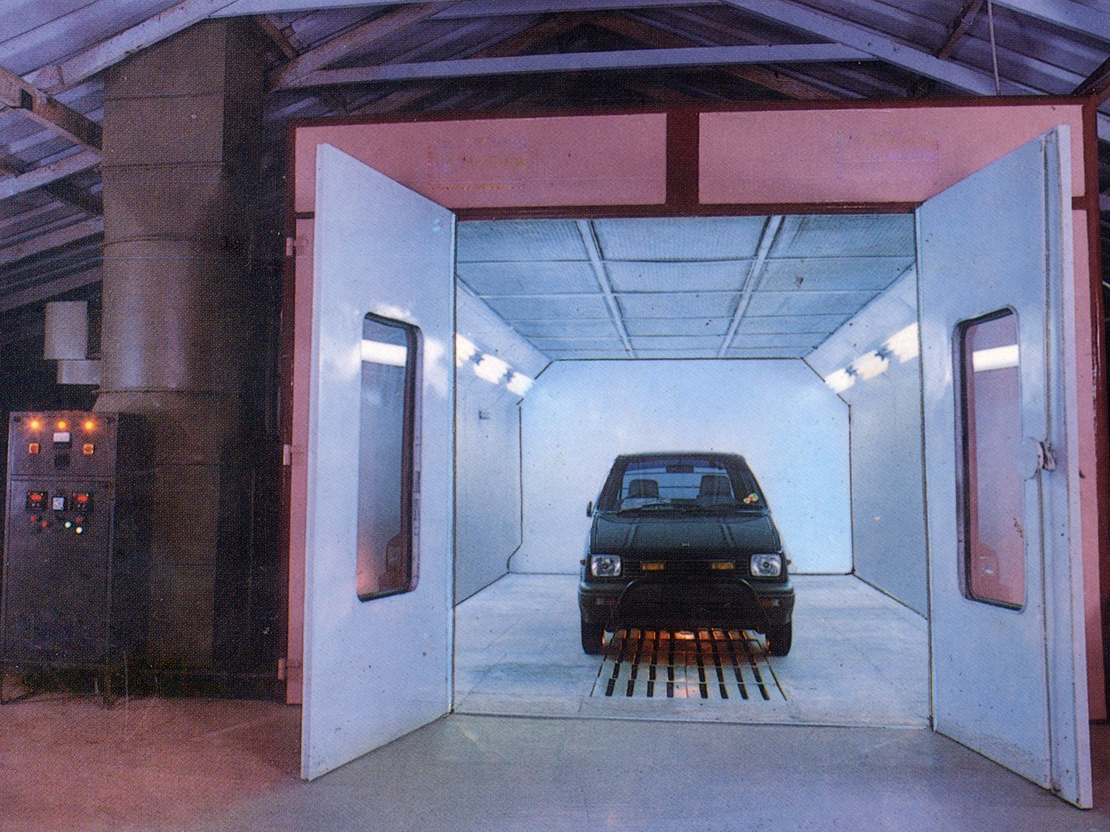 Car Spray Paint Booth in Erode